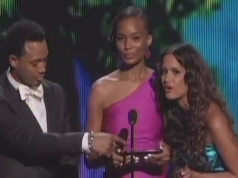 Evo View Tablet Confuses BET Awards Into Awkward Moment