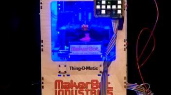 Watch Stephen Colbert Meet His MakerBot Doppelgängers