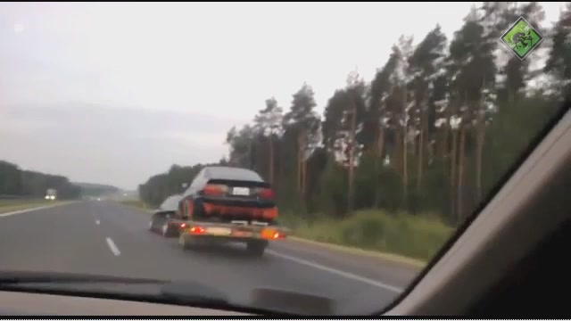 What Happens When A Car Trailer Starts Swinging Uncontrollably?