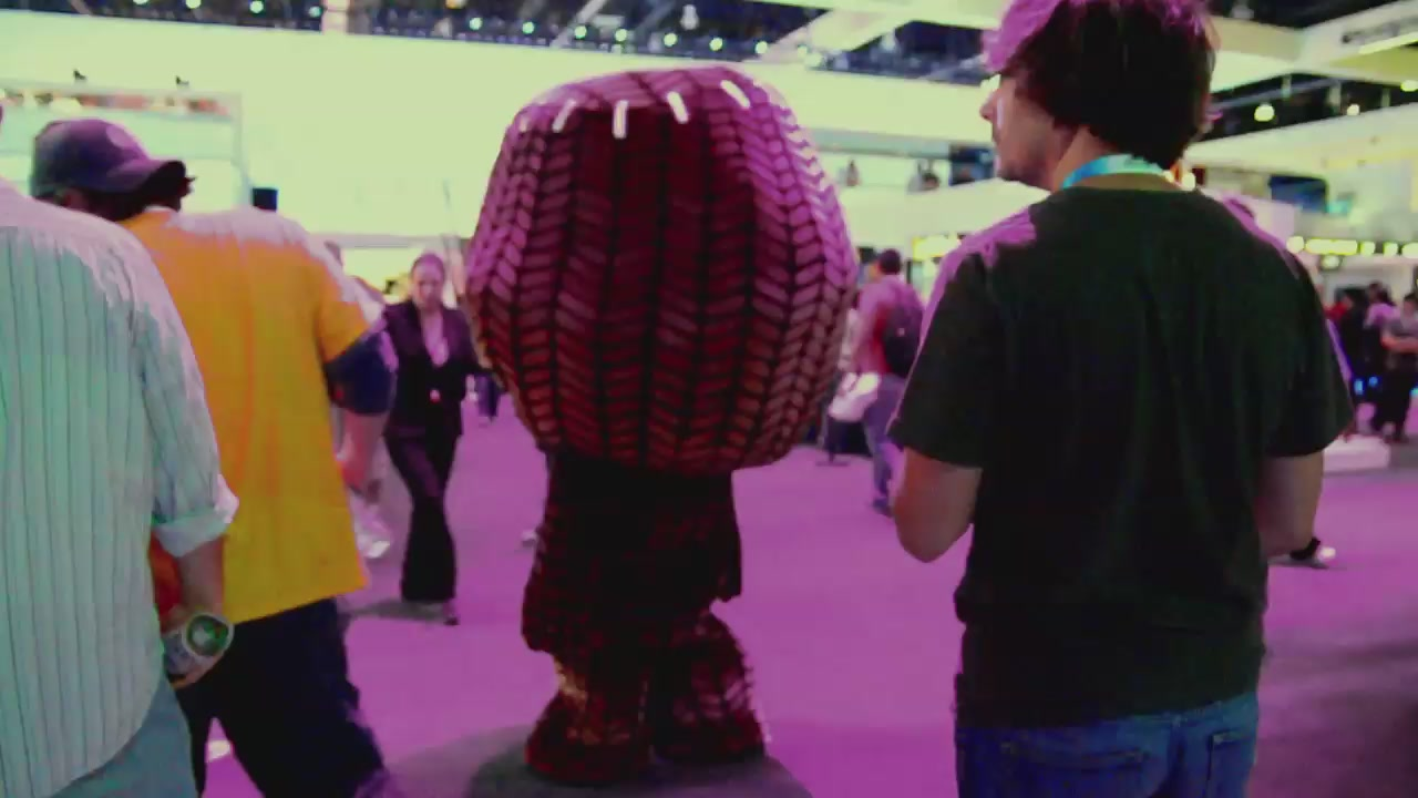 E3's Cutest Booth Babe?