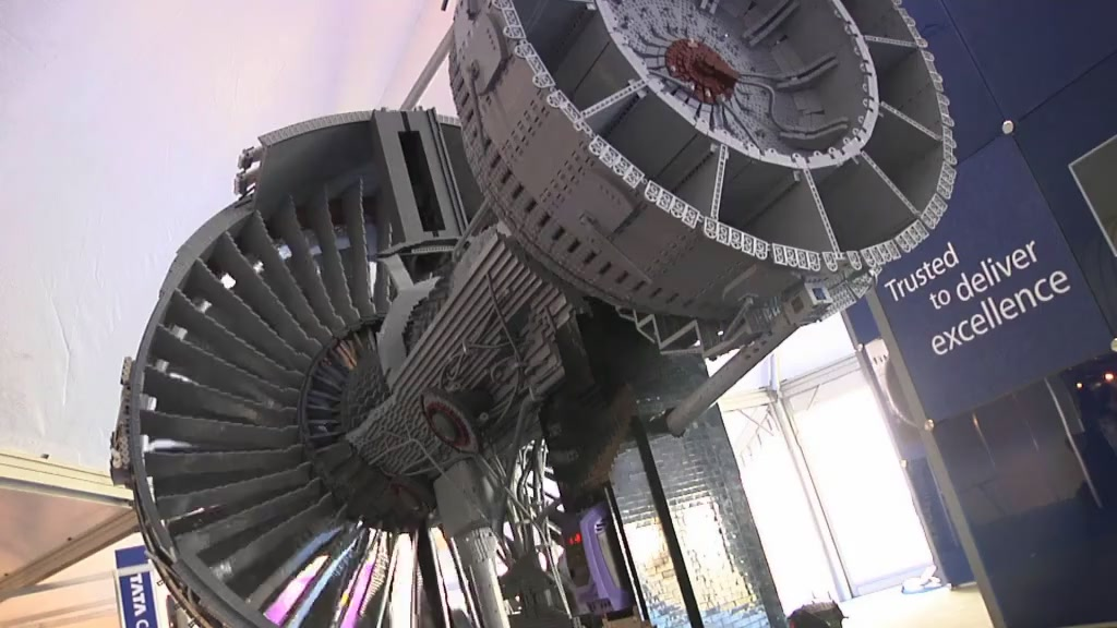 Watch The 152,455-Piece Lego Rolls-Royce Engine In Action
